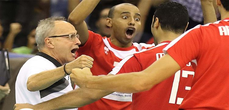 فرحة لاعبو منتخب مصر والمدير الفني الإيطالي فيرجوني بالتتويج الأفريقي