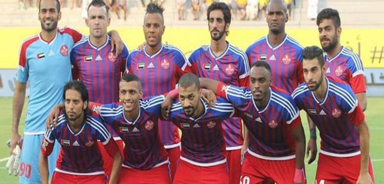 عمرو السولية مع فريقه الإماراتي