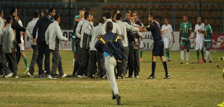 لقطة من أحداث الشغب التي شهدتها مباراة المصري والاتحاد