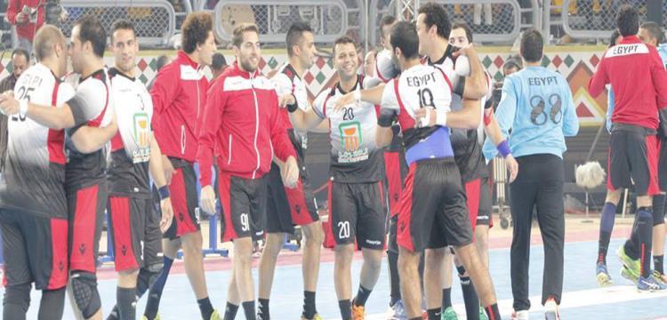 لاعبو مصر يحتفلون بالفوز