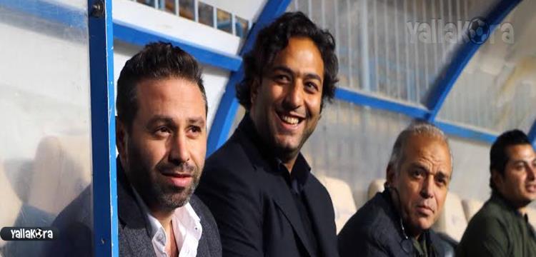 ميدو وبجانبه حازم إمام ومحمد صلاح