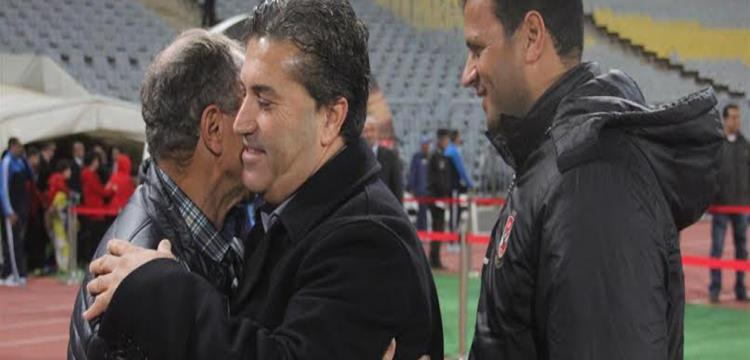 بيسيرو مع مبروك قبل المباراة