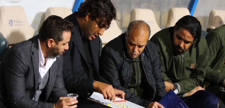 مدحت عبد الهادي مع الجهاز الفني السابق للزمالك