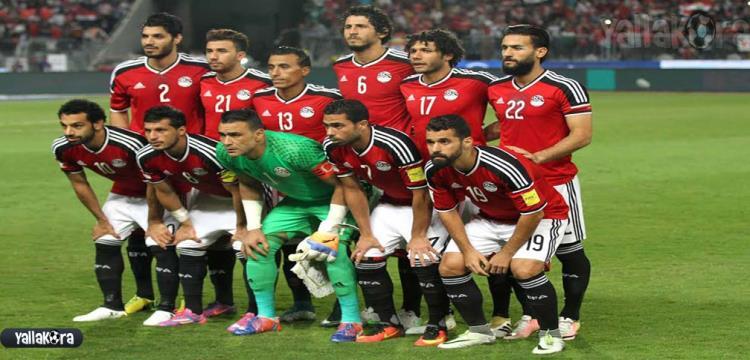 4 محترفين ضمن التشكيل الأساسي لمصر