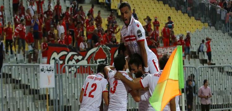 إسلام جمال احتفل مع لاعبي الزمالك بالفوز على الوداد في دوري الأبطال