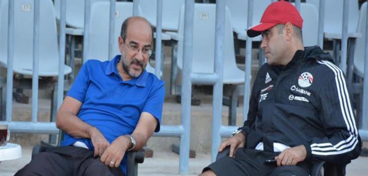 إيهاب لهطية بجانب عامر حسين