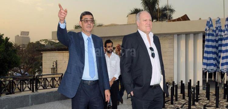 محمود طاهر مع مارتن يول