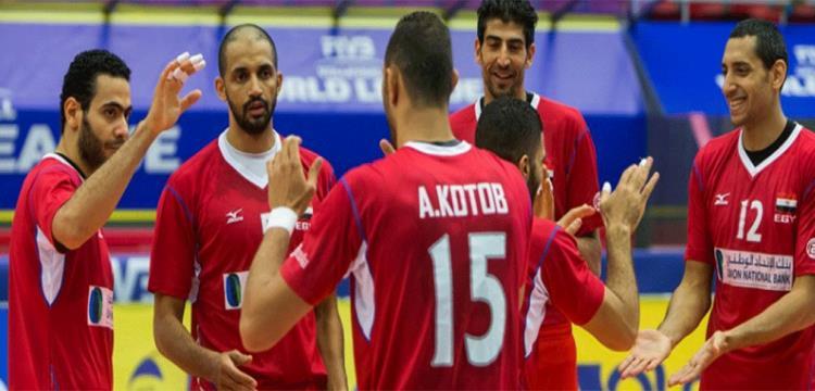 لاعبو مصر أمام الصين