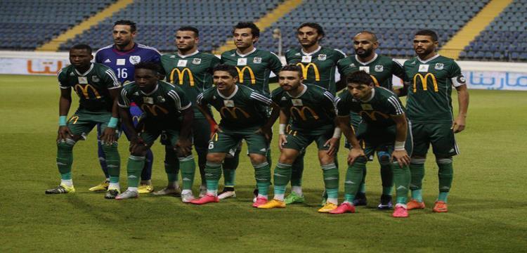 لاعبو فريق المصري