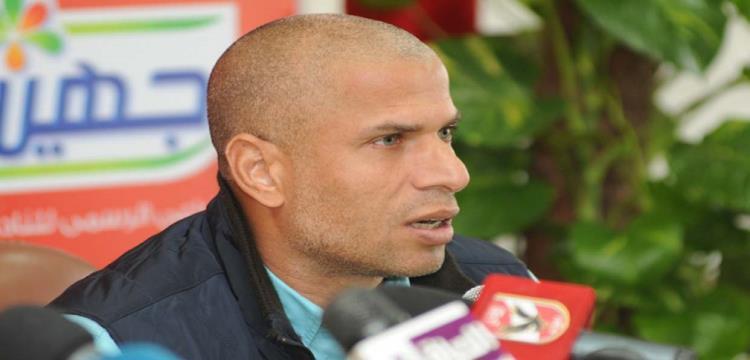 وائل جمعة لاعب الأهلي السابق