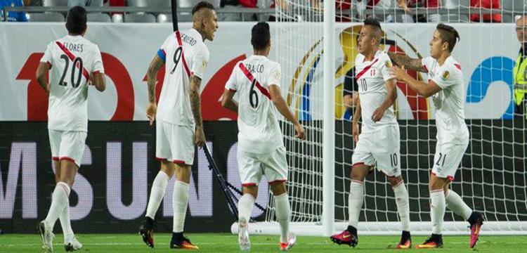لاعبو بيرو
