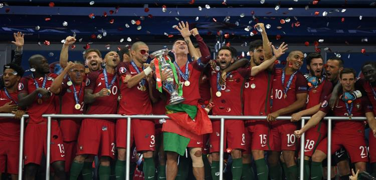 الاحتفال بالفوز
