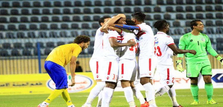 لاعبو الزمالك يحتفلون في ملعب النصر