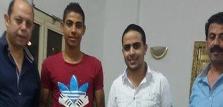 علي حسين بجانب أحمد سليمان