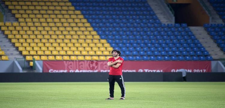 محمد النني في ملعب المباراة