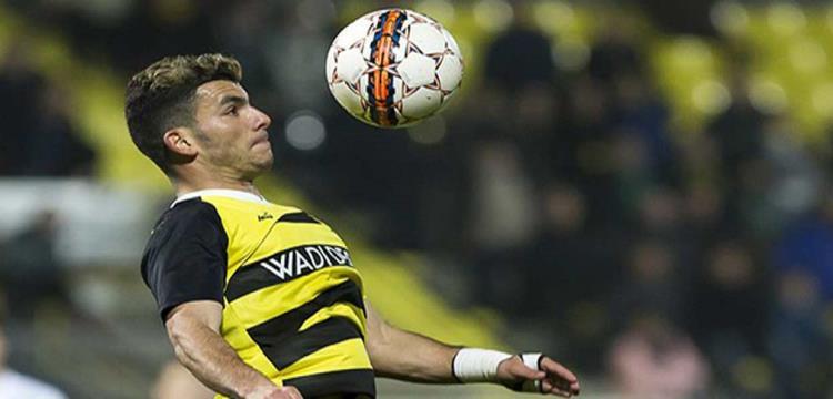 زيزو لاعب ليرس البلجيكي