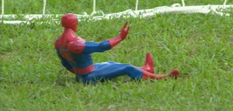 سبايدر مان في مباراة غانا ومالي