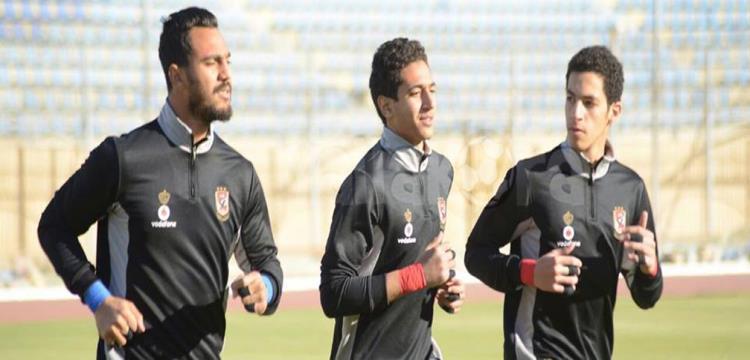 مصطفى شوبير وأحمد سليمان مع مسعد عوض