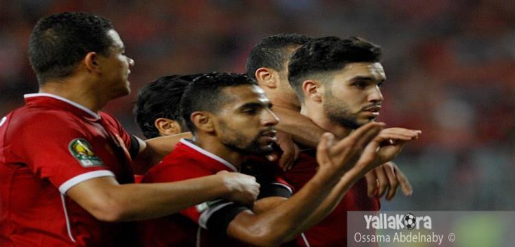 وليد أزرو لاعب الأهلي يحتفل بأحد أهدافه في مرمى الترجي