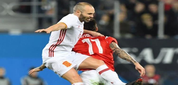 من مباراة روسيا وأسبانيا