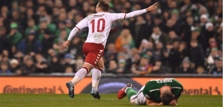 من مباراة الدنمارك وأيرلندا