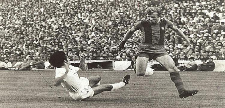 تاريخ طويل يجمع ريال مدريد وبرشلونة