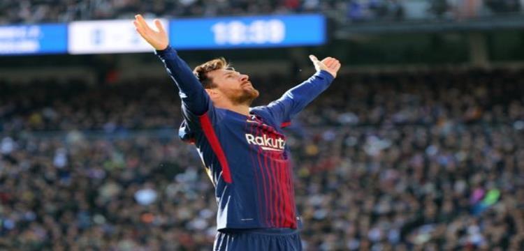 ميسي يحتفل بهدفه التاريخي في ريال مدريد بالكلاسيكو الأخير