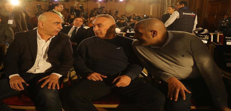 حسام حسن مع إبراهيم حسن خلال المؤتمر