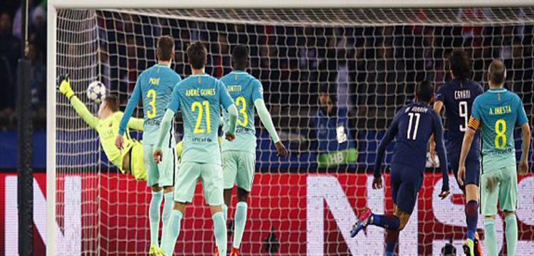 برشلونة سقط أمام سان جيرمان برباعية