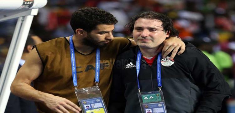 محمود فايز يبكي بعد ضياع اللقب