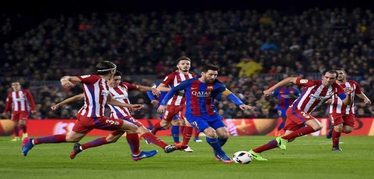 صورة من لقاء برشلونة واتلتيكو