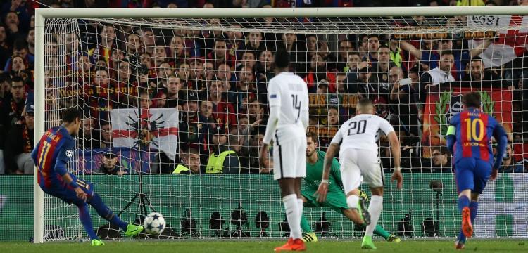 من مباراة برشلونة وسان جيرمان