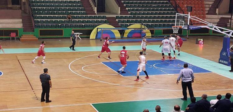 صورة من مباراة الزمالك والاهلي في كرة السلة