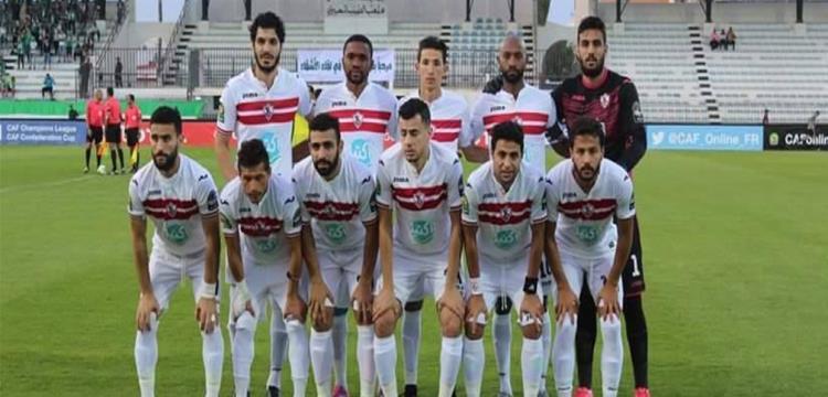 لاعبو الزمالك قبل مباراة أهلي طرابلس