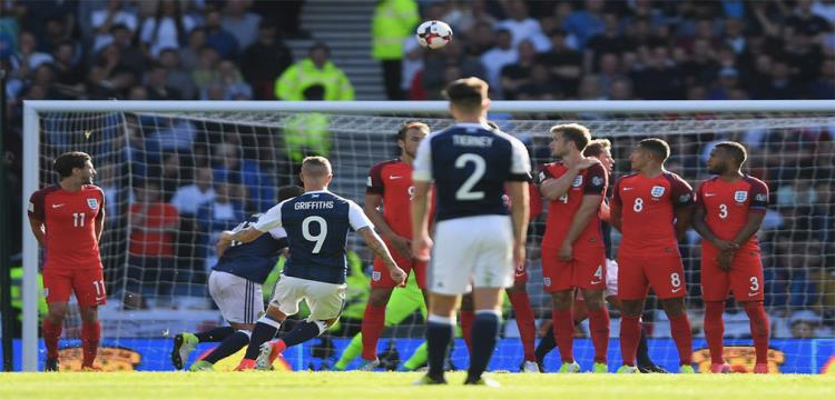 لقطة من مباراة إنجلترا واسكتلندا