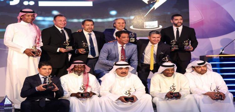 تكريم الخطيب ورمزي ونجوم الكرة العربية