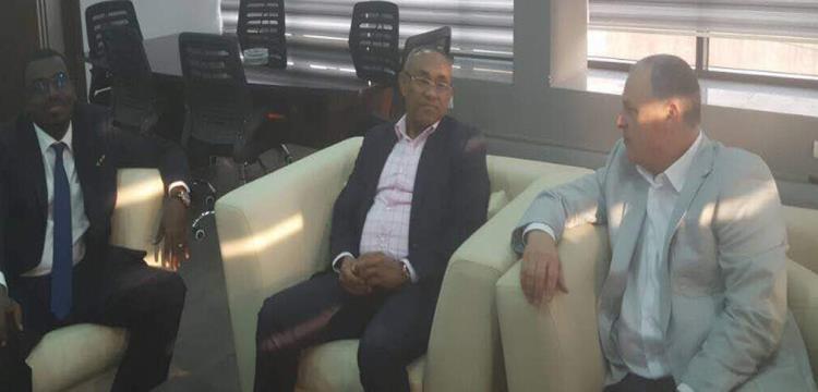 هاني أبو ريدة مع أحمد أحمد في مقر الاتحاد المصري