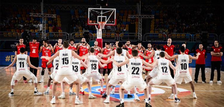 لاعبو نيوزيلندا ورقصة الهاكا قبل مواجهة مصر