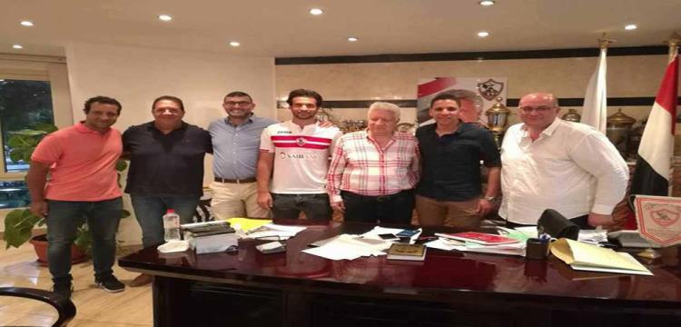 محمود علاء بعد توقيعه للزمالك