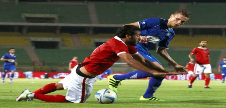 محمود عزت في مباراة ضد الأهلي