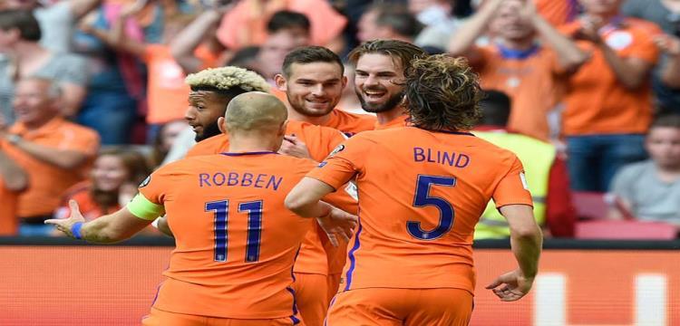 احتفال لاعبو هولندا
