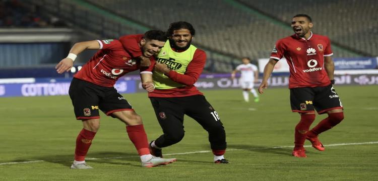 وليد أزارو لاعب الأهلي