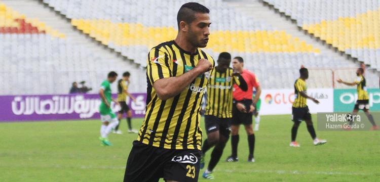 أحمد علي يحتفل بهدفه في الاتحاد