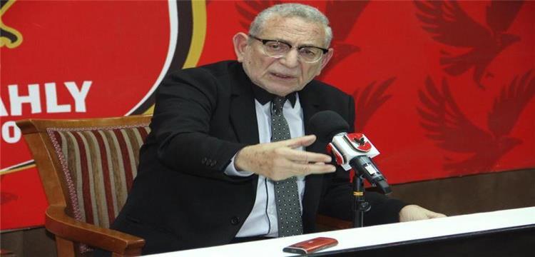 عدلي القيعي مدير لجنة التعاقدات بالأهلي