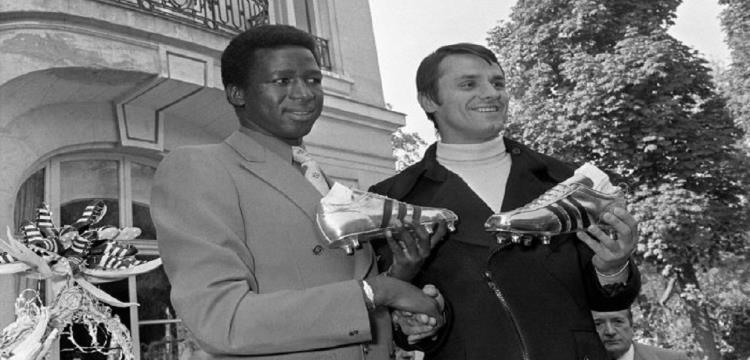 ساليف كيتا يحمل الحذاء الفضي للدوري الفرنسي عام 1971