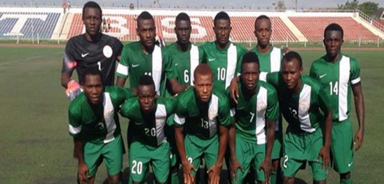بالفيديو.. نيجيريا تزين تأهلها للأولمبياد بالتتويج بأمم افريقيا بفوز صعب على الجزائر