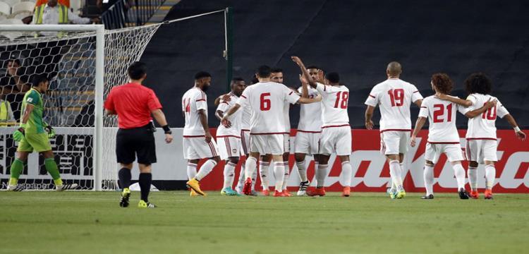 اتحاد الكرة الإماراتي ينفي إقالة مدرب المنتخب مهدي علي