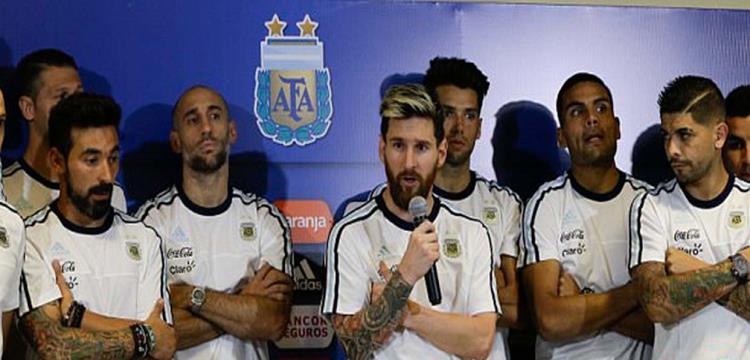 مساعد تاباريز: أوروجواي كانت تفضل مواجهة الأرجنتين دون ميسي