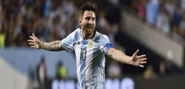 تقارير: ميسي يعتزم التراجع عن قرار اعتزال اللعب دولياً