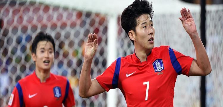 مدرب كوريا يعترف: لاعبونا ارتدوا أرقامًا مغلوطة لإرباك السويد